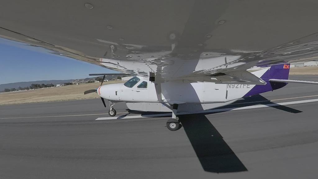هواپیمای سسنا 208 ریلایبل روباتیکس که برای پرواز خودکار استفاده شده است.