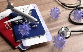 پاسپورت و هواپیما در کنار ویروس کرونا