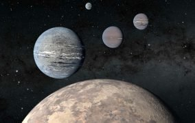 طرحی گرافیکی از منظومهی TOI-1233 با چهار سیارهی فراخورشیدی