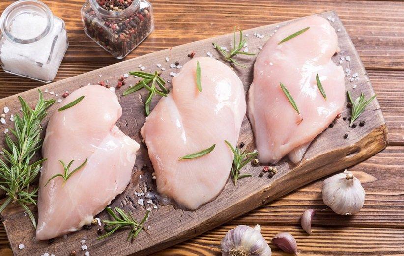 گوشت ماکیان برای شکم شش تکه
