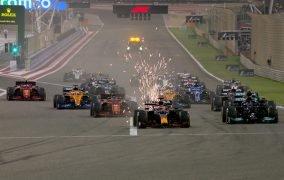 نمایی از مسابقهی گرندپری بحرین رقابتهای فرمول یک 2021