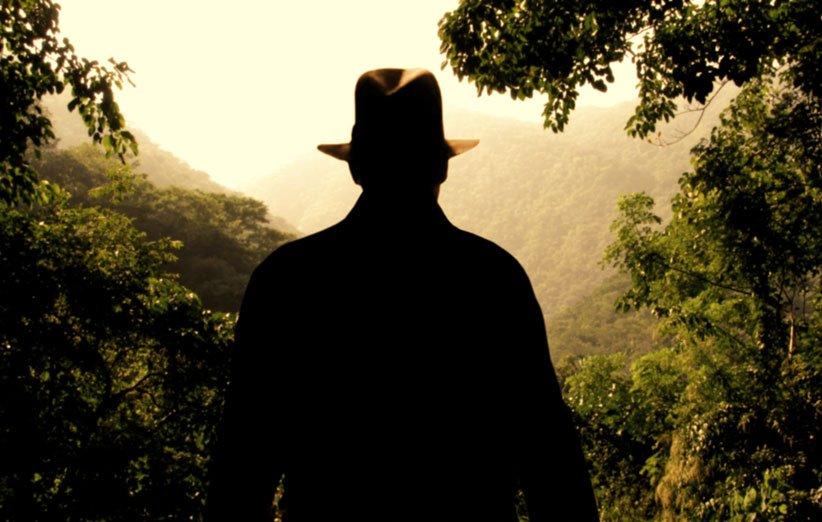 ایندیانا جونز در فصل ۵ به کجای دنیا سفر میکند؟
