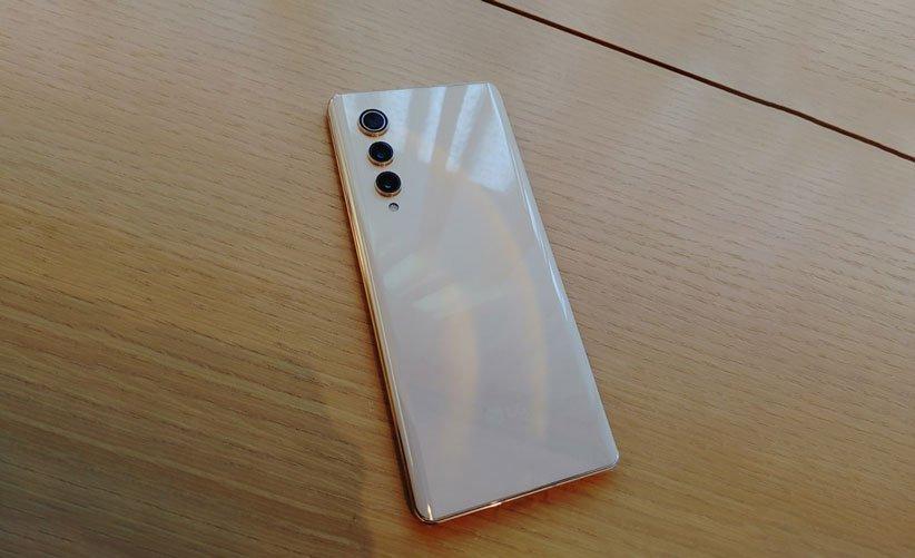 گوشی V70