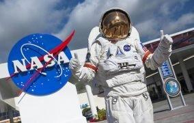 مرکز فضایی کندی ناسا