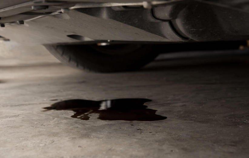 پاک کردن لکه روغن موتور