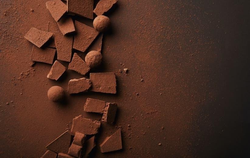 5 ترفند طلایی برای رهایی از لکههای شکلات و کاکائو