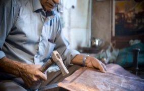 سوغاتی کرمان داستان موفقیت کارگاه مسگری در دیجی کالا