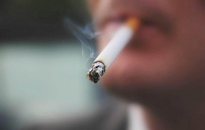 رابطهی سیگار کشیدن و بینایی