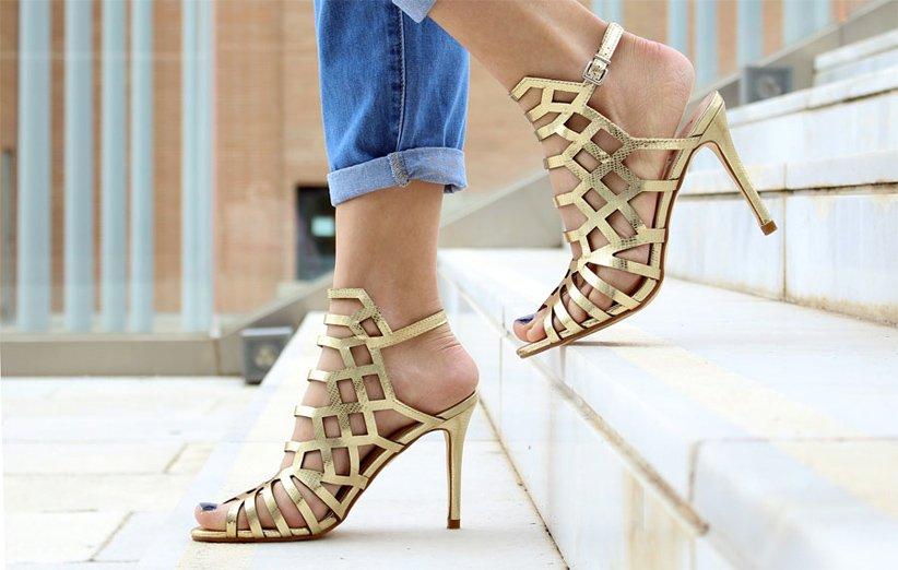 کفش بندی پاشنه دار