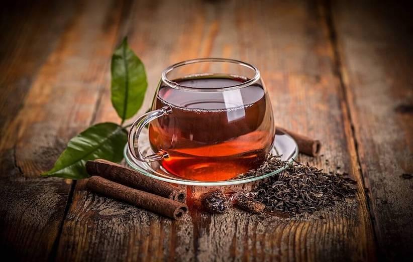 پاک کردن لکهی چای با یک اشاره