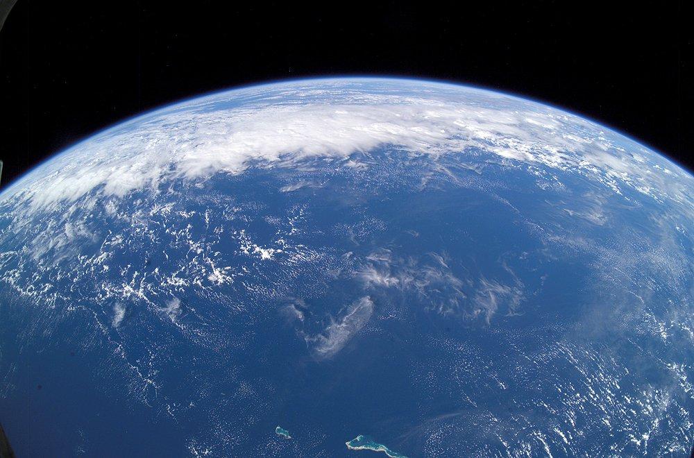 نمایی از مساحت زیاد آبهای زمین