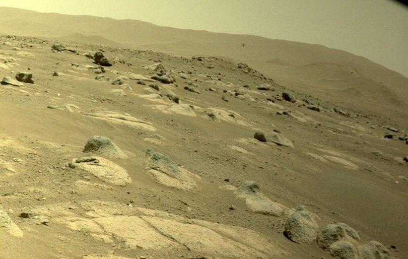 چهارمین پرواز بالگرد نبوغ در مریخ از نگاه دوربین عوارضسنجی مریخنورد پشتکار