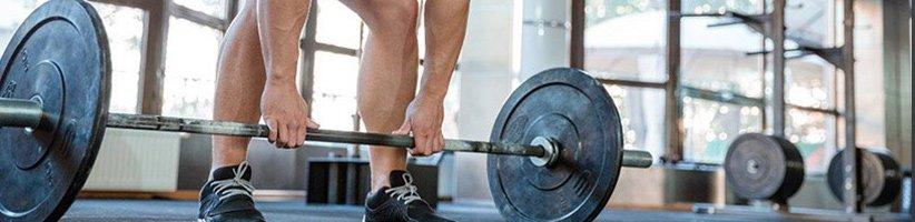 ۱۳ اشتباه رایج در عضلهسازی که تلاشتان را بینتیجه میکنند