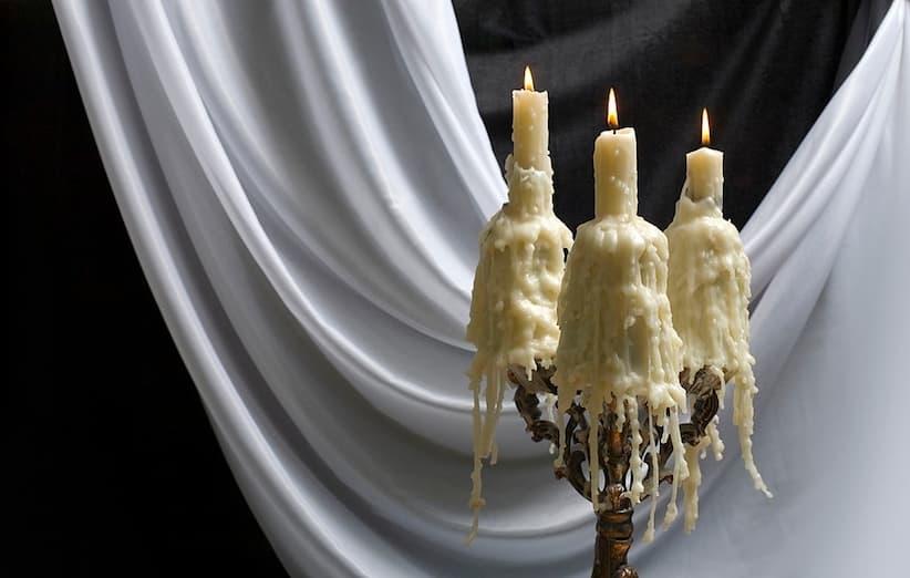 پاک کردن لکهی شمع