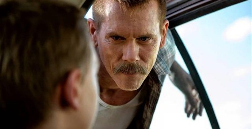 کوین بیکن در فیلم ماشین پلیس