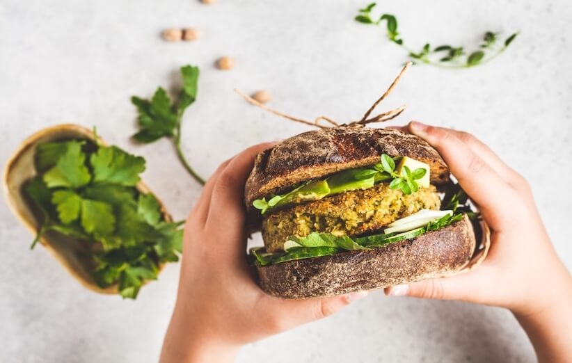 رژیم غذایی گیاهخواری و غذاهایی که میتوانیم بخوریم