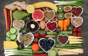 12 ویتامین و مواد مغذی برای بینایی بهتر
