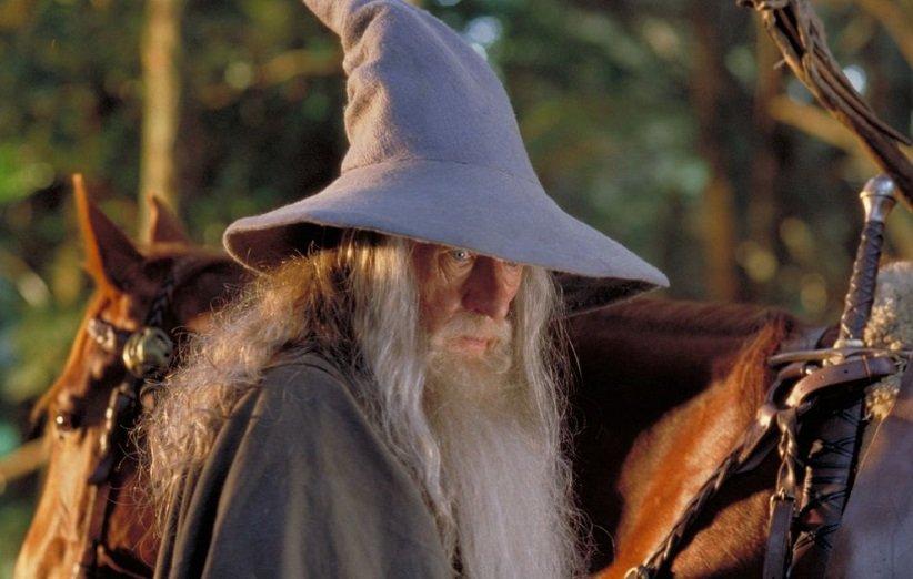 چرا دیگر جادوگران ارباب حلقهها در فیلم غایب هستند؟