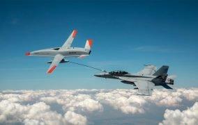 نخستین سوختگیری هوایی توسط هواپیمای بدون سرنشین