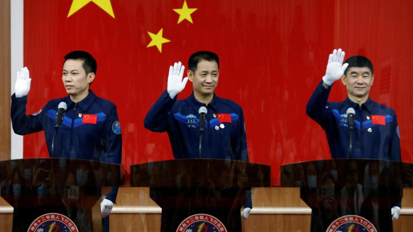 فضانوردان مأموریت شنژو-12 چین