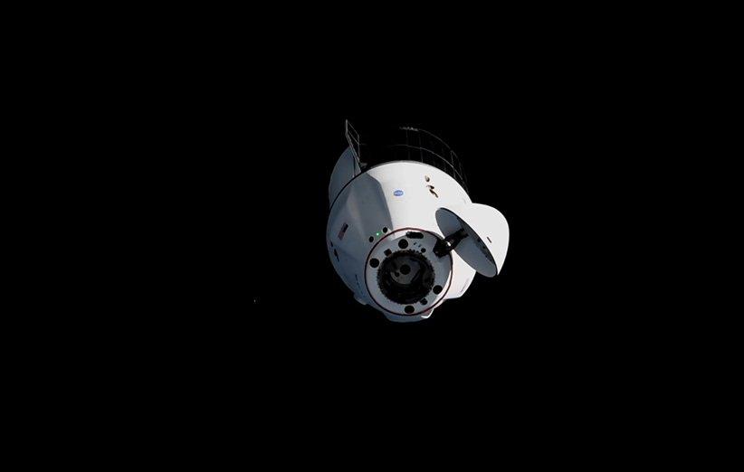 کپسول باری C209 دراگون اسپیسایکس در نزدیکی ایستگاه فضایی بینالمللی