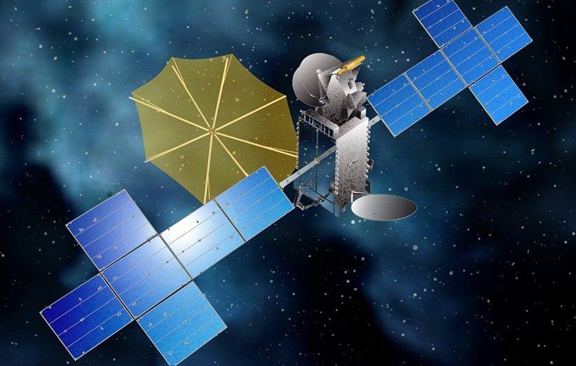 طرحی گرافیکی از ماهوارهی رادیویی SXM-8 در مدار