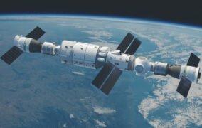 طرحی گرافیکی از اتصال کپسول مأموریت شنژو 12 به ایستگاه فضایی تیانهه چین