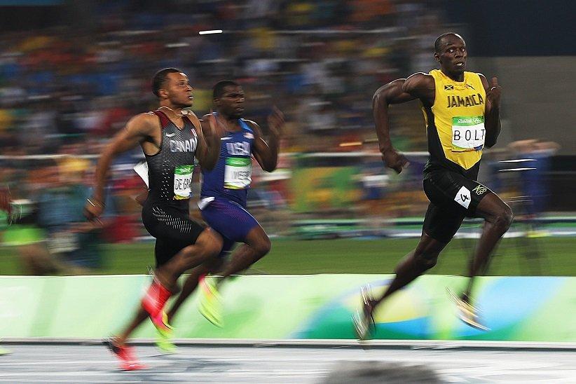 رکورد «یوسین بولت» در دوی 100 متر آقایان با زمان 9.63 ثانیه
