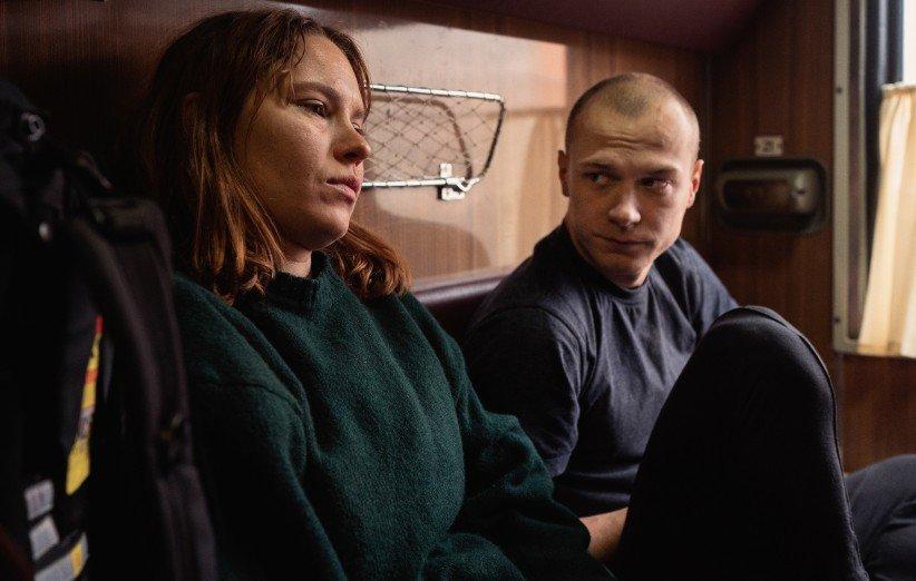 نقدها و نمرات فیلم کوپه شماره ۶؛ یک فیلم جادهای آرام و دوستداشتنی (جشنواره کن ۲۰۲۱)