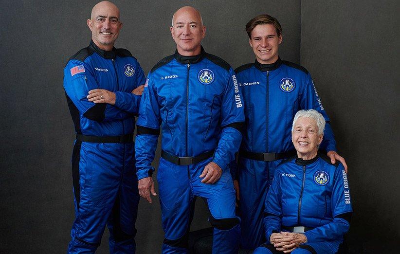 جف بزوس، برادرش و دو فضانورد رکوردشکن نخستین مأموریت سرنشیندار بلو اوریجین