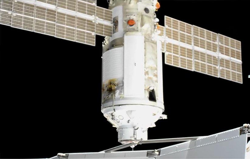 لحظهی اتصال ماژول آزمایشگاهی نائوکا روسیه به ایستگاه فضایی بینالمللی