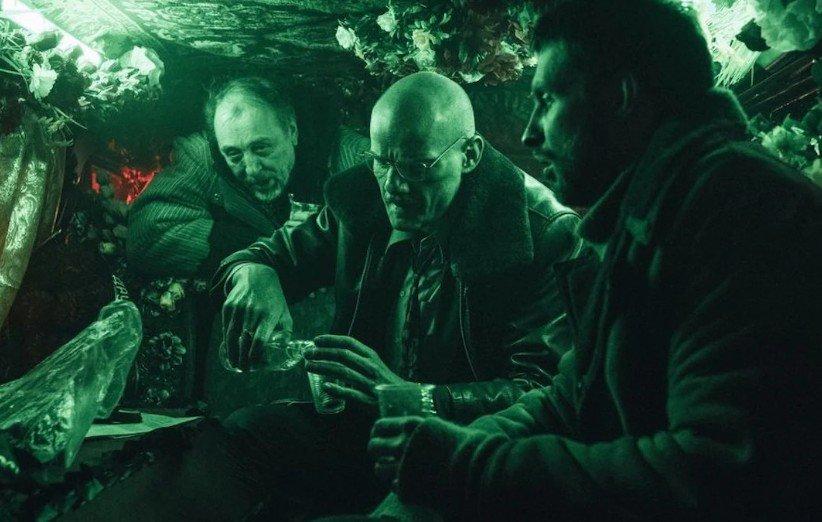 نقدها و نمرات آنفولانزای پتروف؛ فیلم سیاسی پرحاشیهی روسی (جشنواره کن ۲۰۲۱)