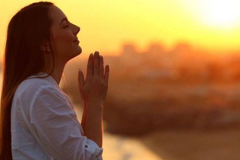 مثبتگرایی و قدردان بودن را تمرین کنید