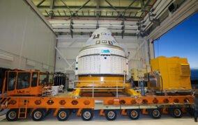 بازگشت فضاپیمای استارلاینر بوئینگ به کارخانه