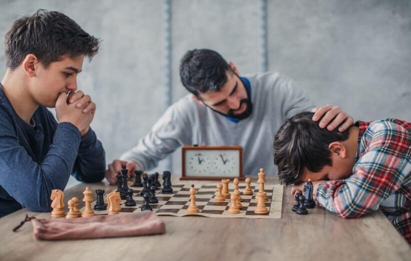 شطرنج یک بازی رقابتی است