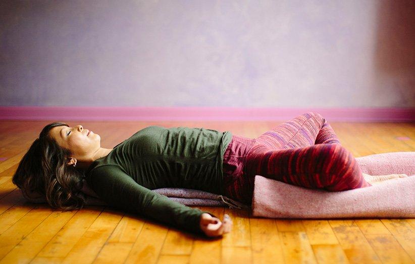 حرکات یوگا برای دوران قاعدگی