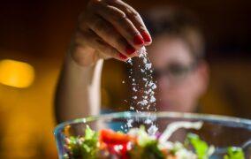مواد غذایی مضر برای فشار خون بالا