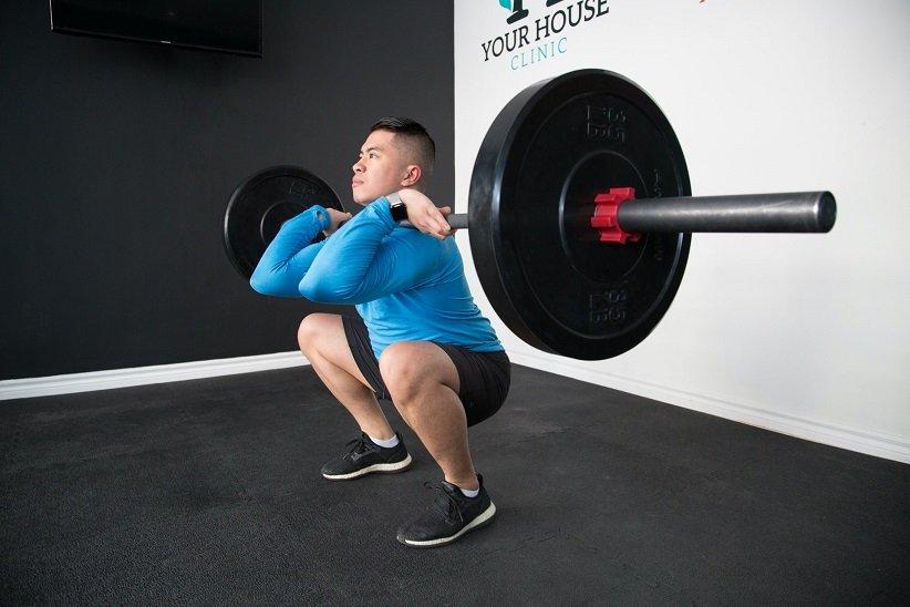 «اسکات از جلو» (Front squat)