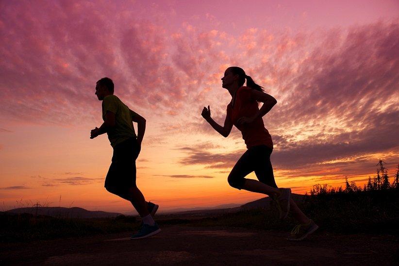 ورزش کردن در صبح گزینهی بهتری است زیرا بهتر میتوانید به آن پایبند بمانید