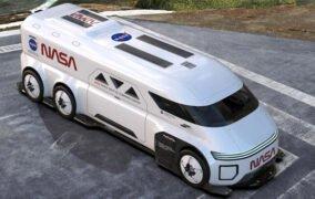 طرحی گرافیکی و تجسمی از خودروی آیندهی ناسا برای جابهجایی فضانوردان به سکوی پرتاب موشک