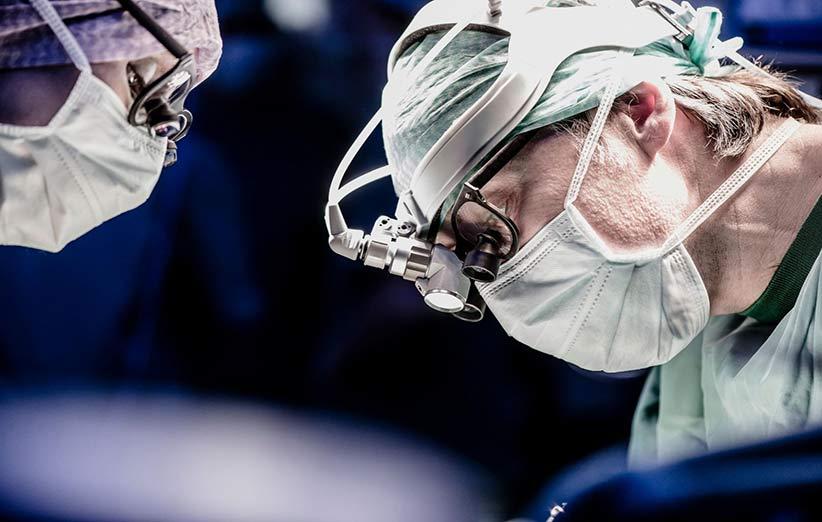 طعم فلز در دهان به علت جراحی مغز