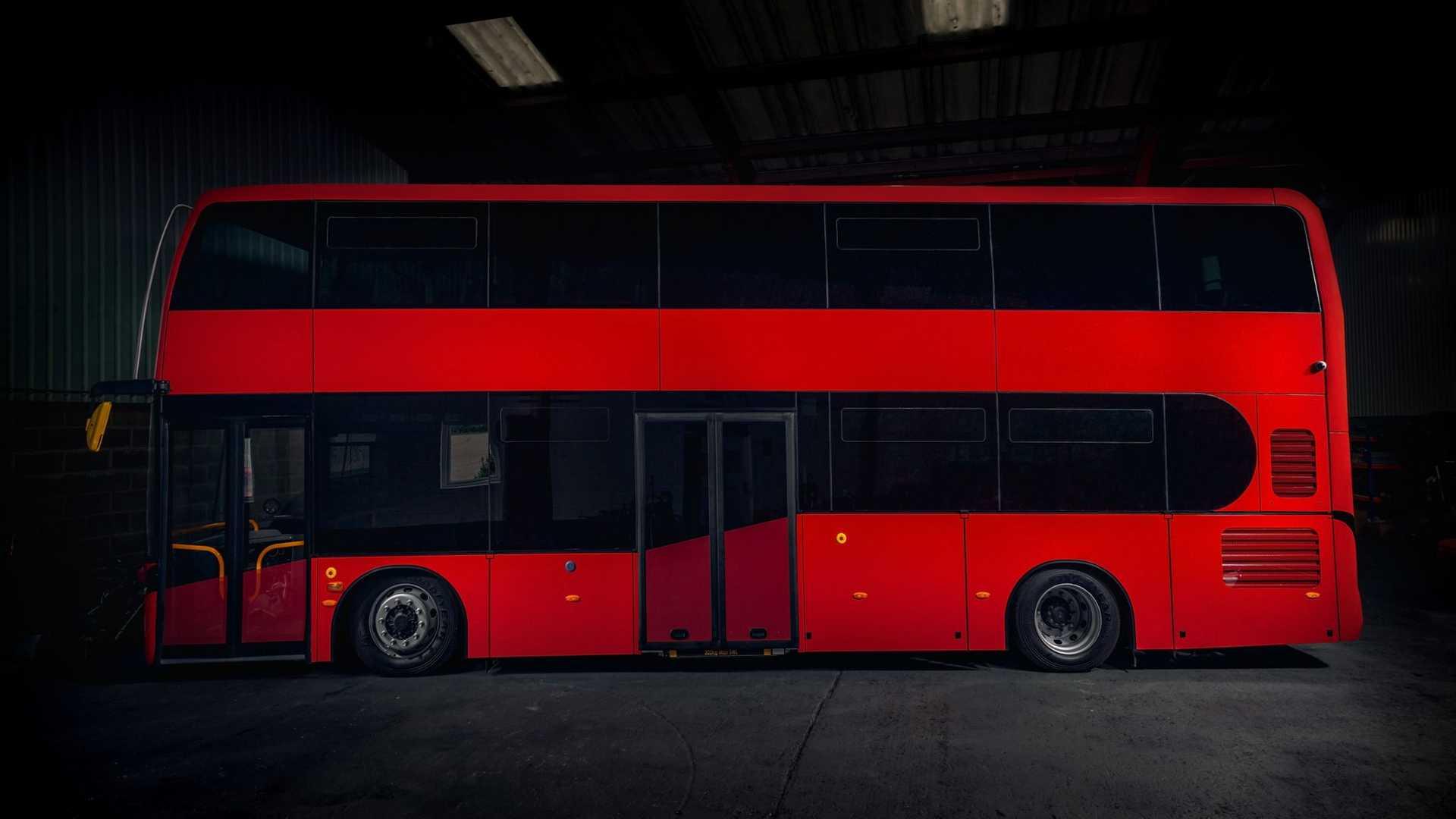 اتوبوس دو طبقهی الکتریکی Jewel E