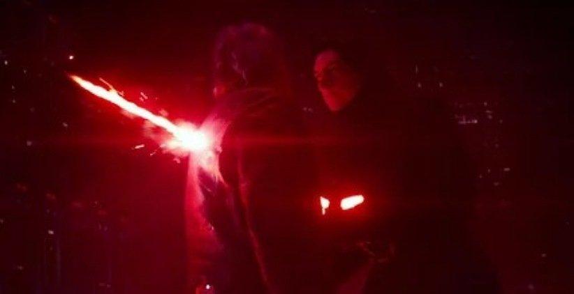 نمایی از فیلم جنگ ستارگان نیرو برمیخیزد